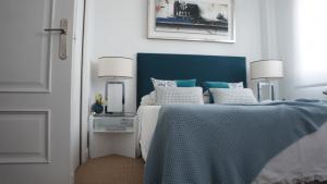 las mejores mesitas de noche blancas para tu dormitorio